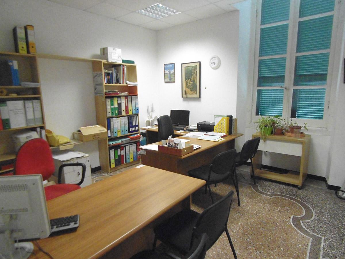 Affitto Ufficio Genova Centro Via Balbi